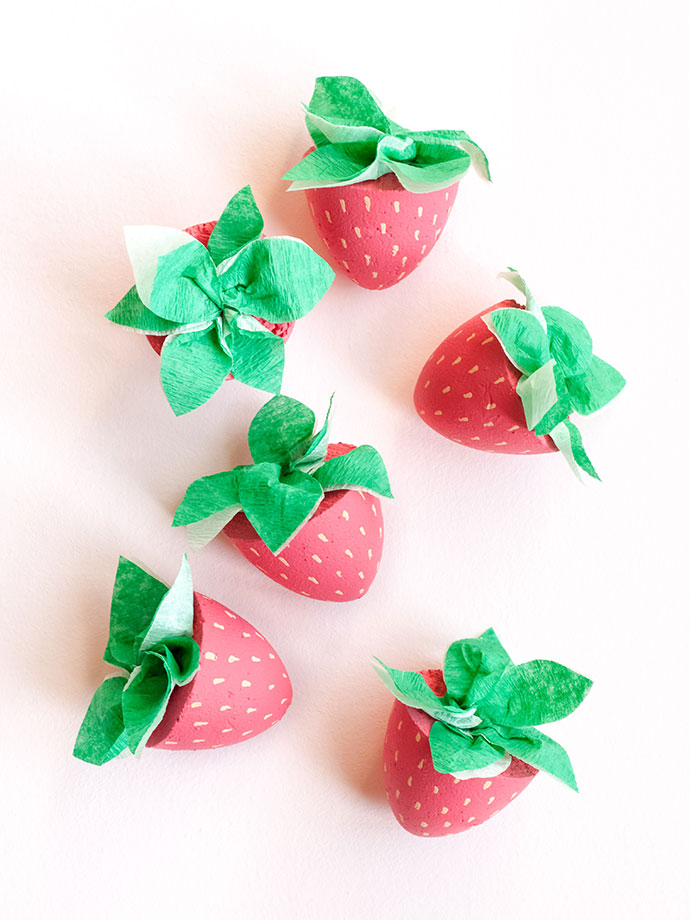 DIY Strawberry Cupcake Toppers