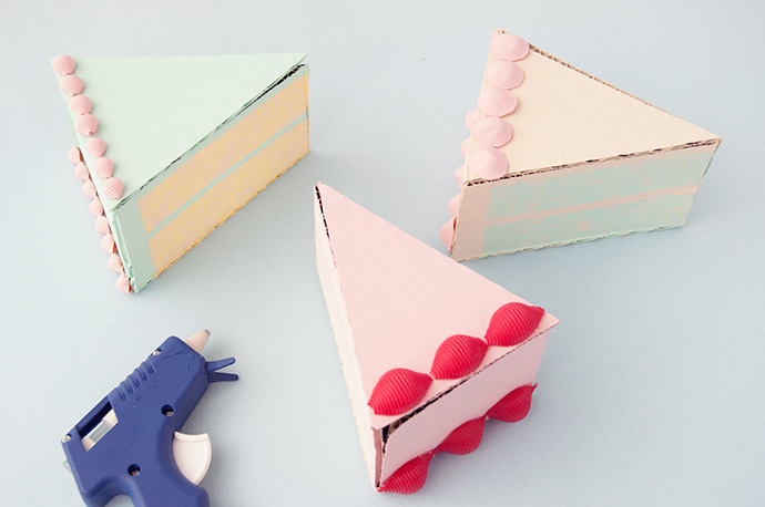 Cake Slice Party Favors
