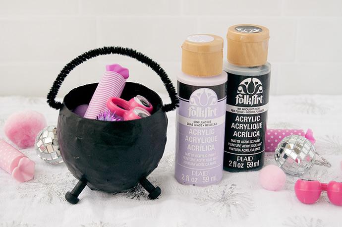 Mini Halloween Cauldron Party Favors