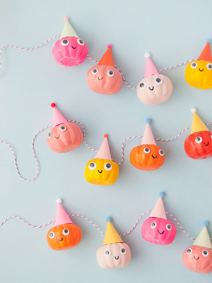 Party Pumpkin Garland