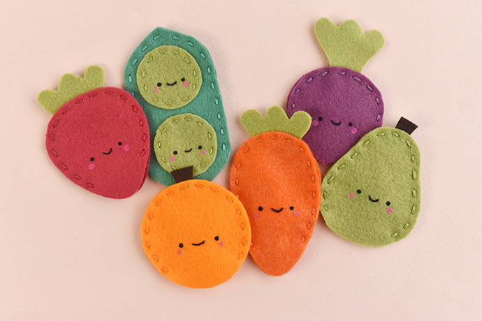 Fruit and Veggie Finger Puppet Valentines