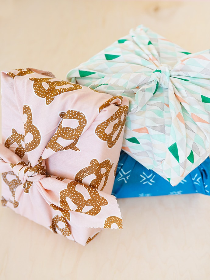 Simple DIY Gift Wrap for Mother's Day