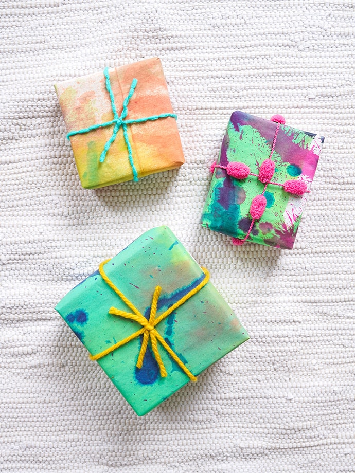 How to Dye Wrapping Paper