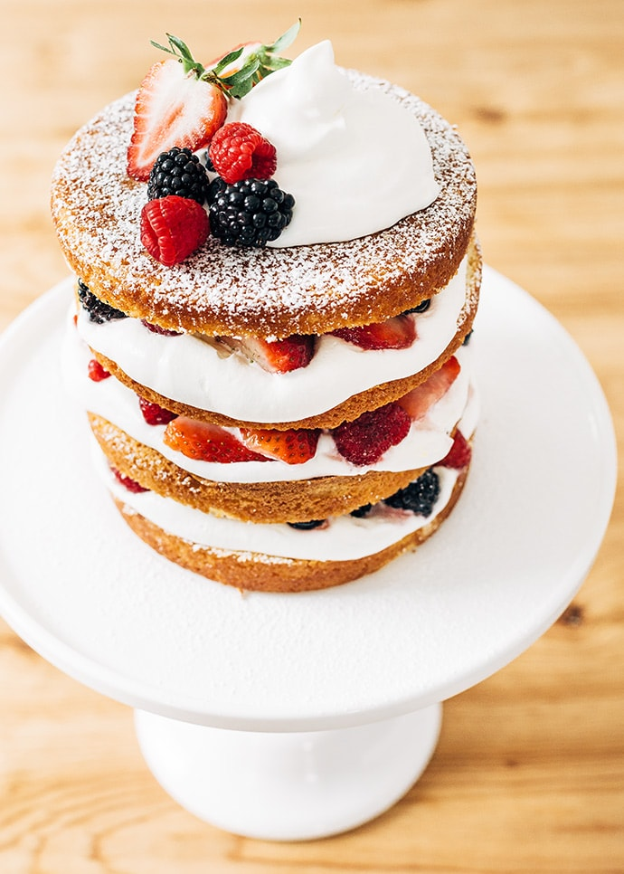 Mixed Berry Country Cake