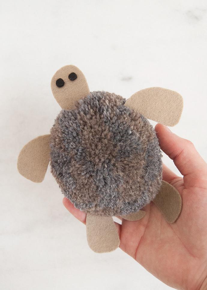 Giant Tortoise Pom Pom