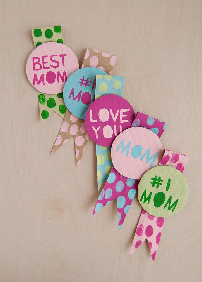 Fingerprint Art Mother's Day Badges