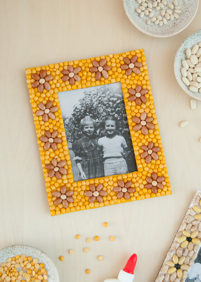 Рамки для мозаики из фасоли